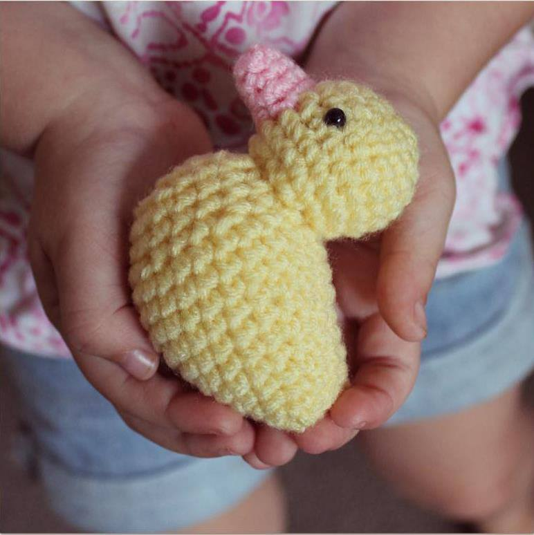Webby Duck amigurumi pattern - Amigurumi Today | 774x772