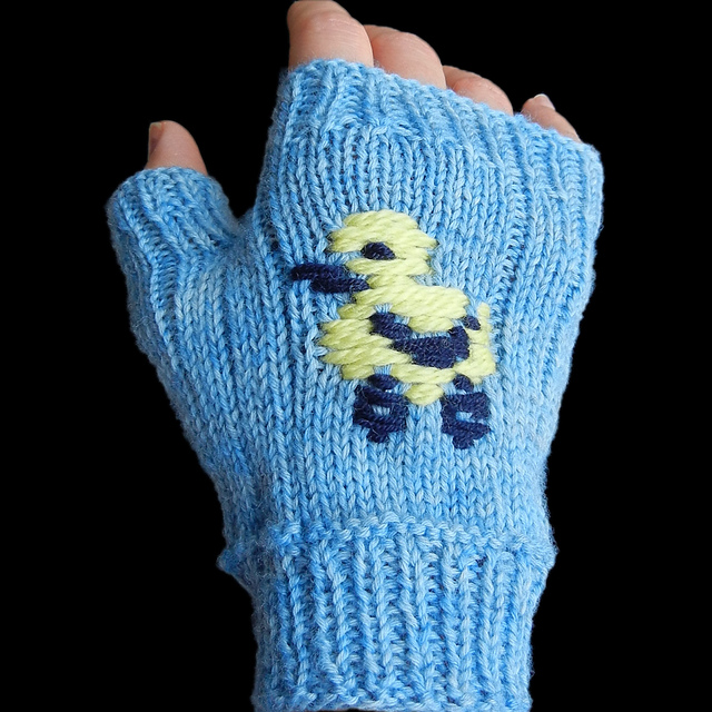 Not-So-Ugly-Ducking Fingerless Mitts by CaouaCoffee